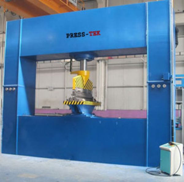 Hydraulic special press for Ship Construction SCP610 400-600 t