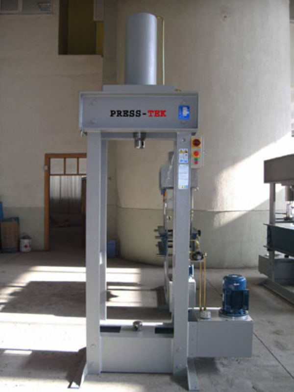 Hydraulic adjustment and pull Press